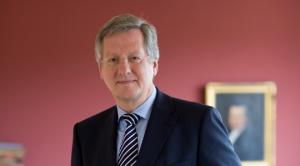 Rektor Prof. Dr. Dr. h.c. Hans-Jochen Schiewer (Foto: Britt Schilling)