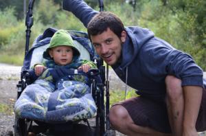 Tristan Stöber hat beides im Blick seinen Sohn und die Promotion.