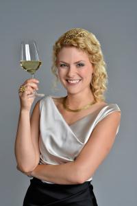 Janina Huhn, Deutsche Weinkönigin 2014/15.