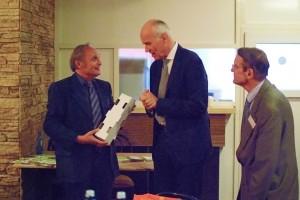 Bild:Professor Rehn mit den Clubpräsidenten