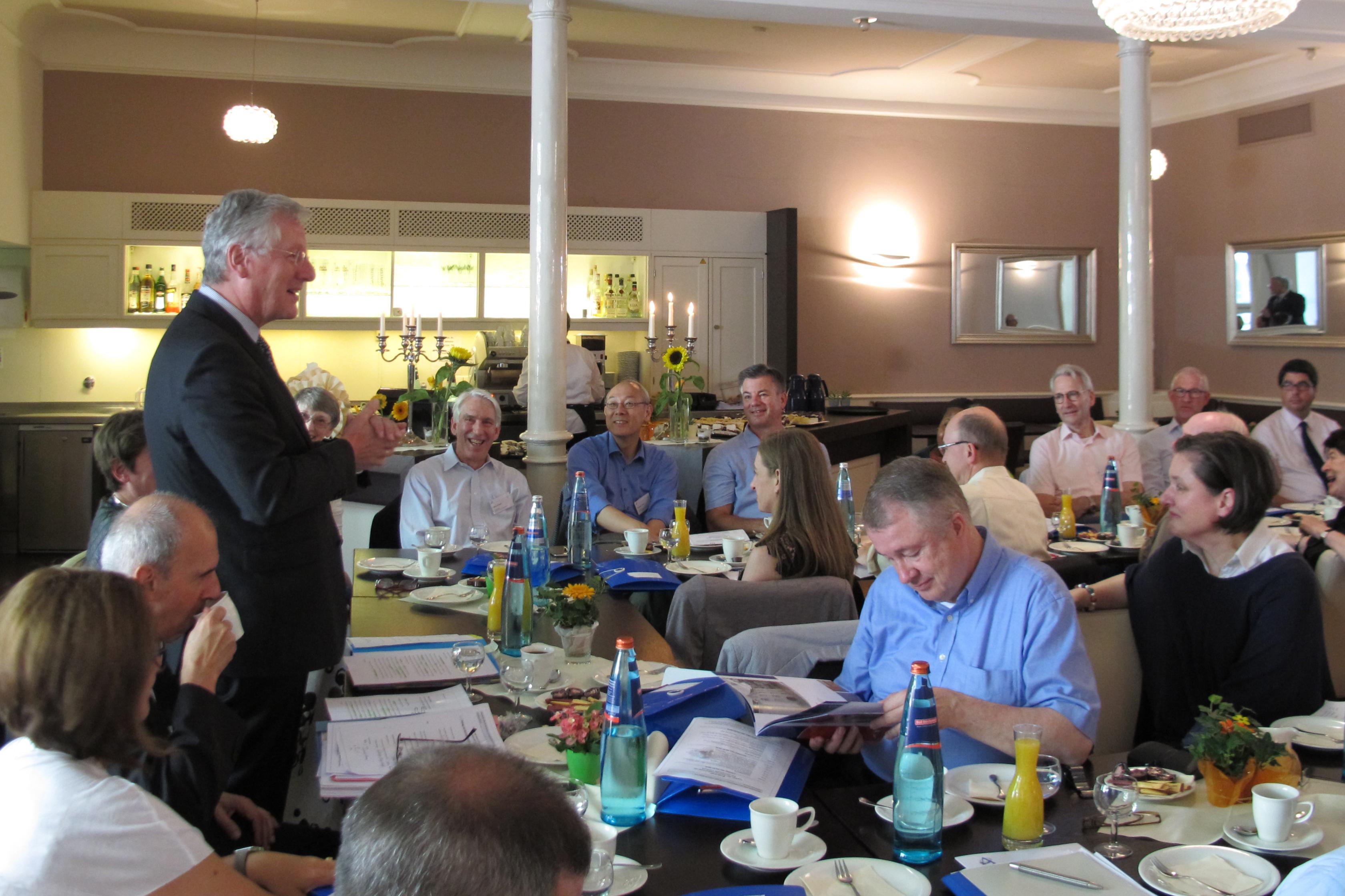 Rektor Professor Schiewer begrüßte die internationalen und nationalen Alumni-Clubvorstände bei ihrem Workshop