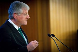 Rektor Prof. Schiewer während der Neujahrsrede. (Foto: András Wekler)